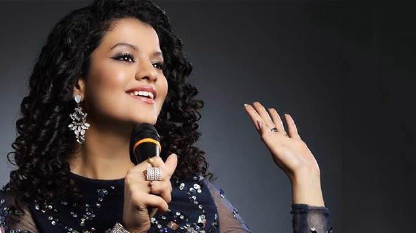 Palak Muchhal Singer (1)